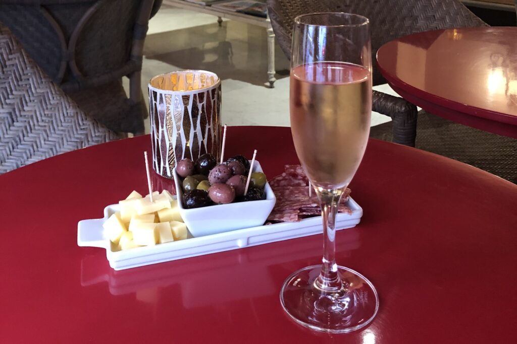 Cannes Le Cavendish Hotel