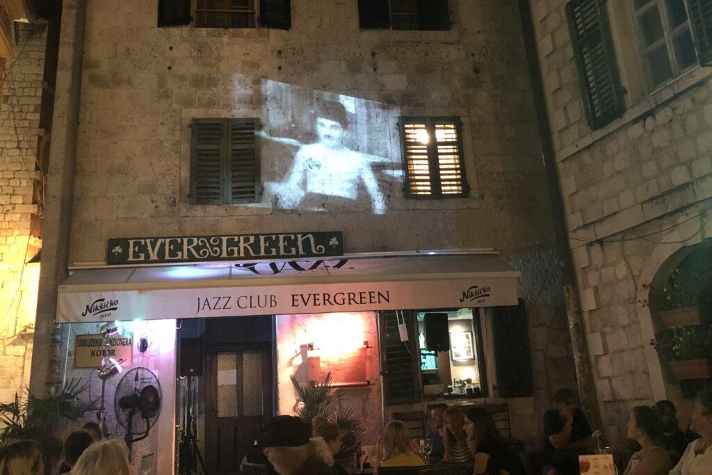 Kotor Stradi Grad - Evergreen Jazz Club