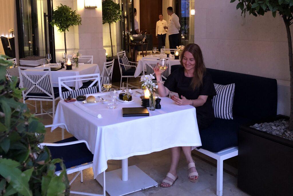 Regent Porto Montenegro'da bir akşam yemeğinden
